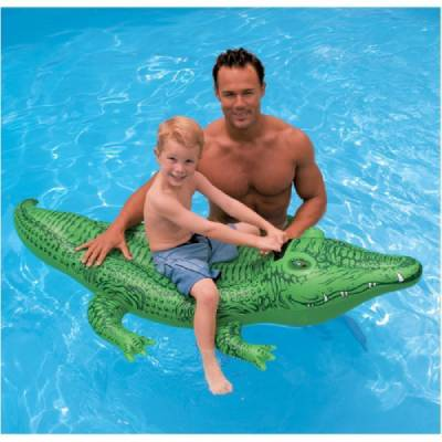 cocodrilo inflable para piscina (1)