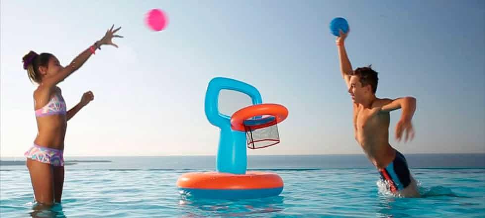 canasta-piscina