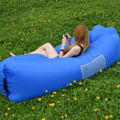 sofá inflable piscina